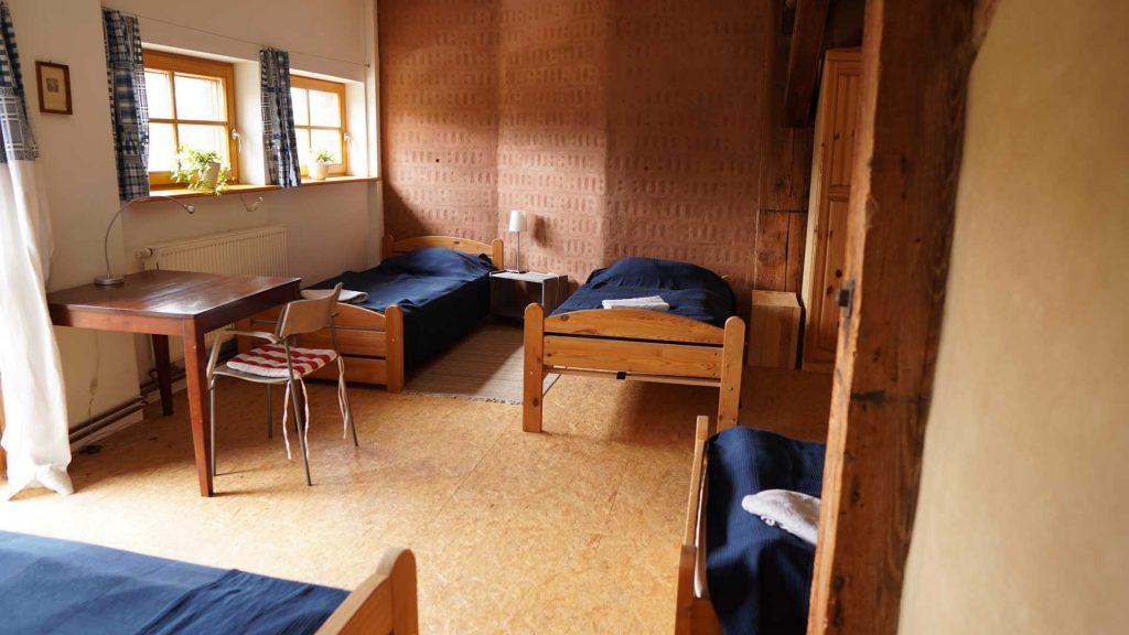 Vierbettzimmer im 2. OG